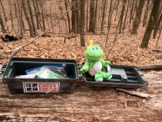 Signal loves geocaches.