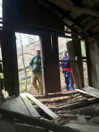 Looking for a cache at Bill Simpon's cabin
